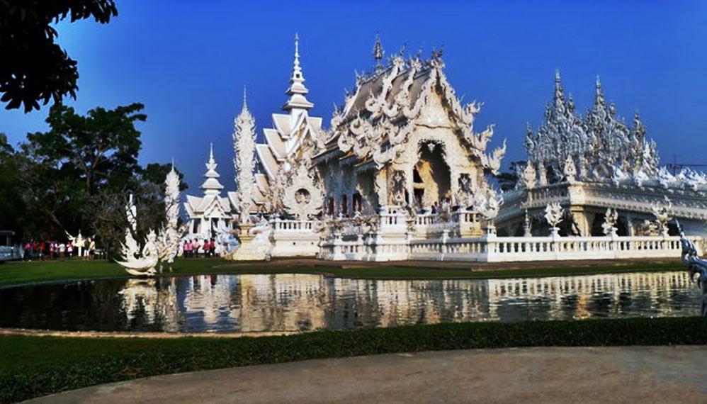 (玻璃白庙) Rong Khun temple